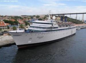 Freewinds cruise ship